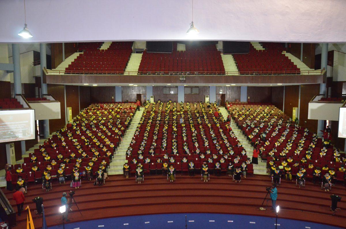 Suasana Wisuda Periode ke-3 Tahun Akademik 2020/2021 di Baruga AP Pettarani, Rabu (24/2) Foto : Ainun Afiah/IDENTITAS